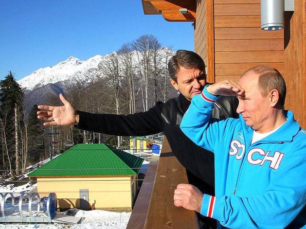 На горнолыжном курорте Красная Поляна. Владимир Путин и Александр Ткачев