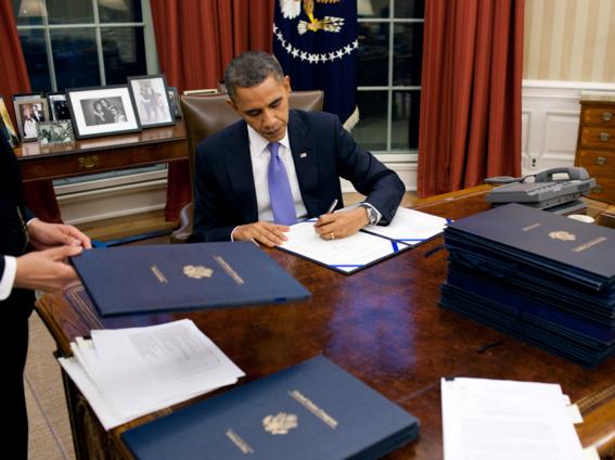 США сняли 40-летний запрет на экспорт нефти
