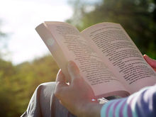 «Шантарам» и новые приключения Фандорина: 10 самых продаваемых книг 2015 года