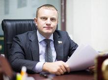 Россиянам могут запретить совершать валютные переводы за границу