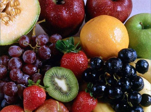 Огурцы и абрикосы: чем российские ритейлеры заменили турецкие овощи и фрукты
