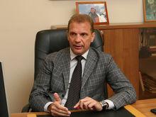 «Секретарь комитета комсомола «обломал» все надежды». Первые деньги Александра Райсиха