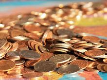«Тратьте накопления»: эксперты о том, почему покупать валюту уже поздно