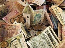 Когда пора забирать деньги из банка: шесть признаков скорого краха