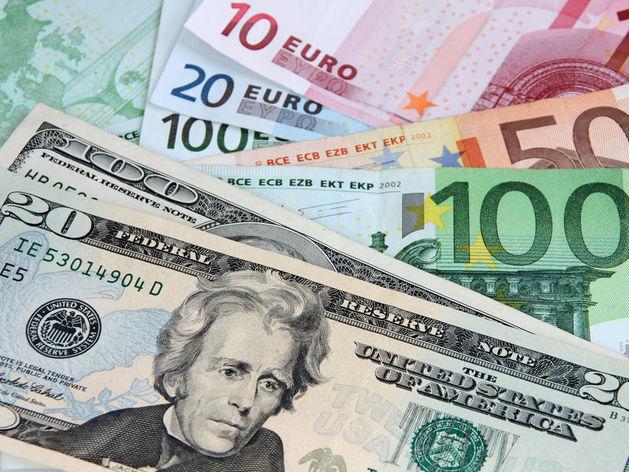 Свежие прогнозы: евро по 95 рублей и падение экономики США