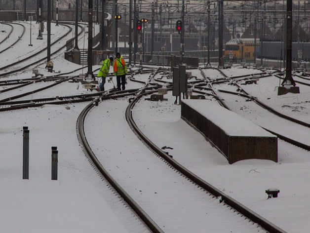 Двое свердловчан погибли в праздничный день под колесами поездов