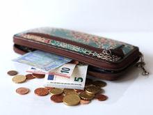 Рубль, доллар, песо, фунт... Почему мировые валюты называются именно так?