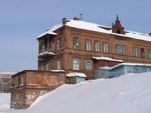 Офисов много не бывает: в Екатеринбурге бизнесу продадут еще один дом-памятник