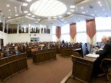 Депутаты Заксобрания Красноярского края отчитались о доходах. Кто заработал 130 млн руб?