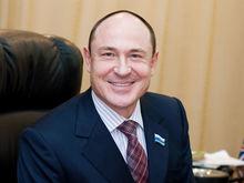 Валерий Савельев продает пенсионный фонд «Образование»