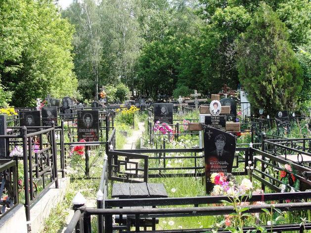 Заработать на смерти: какие обороты у похоронной индустрии в РФ