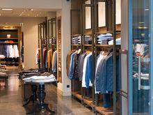 В Челябинской области закрылись десятки магазинов одежды