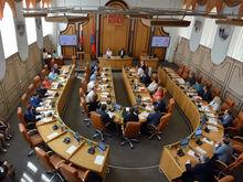 Дело о пяти мандатах раскололо красноярский Горсовет на две неравные части