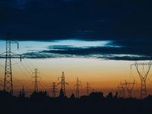 «Полностью парализует работу». Запад Екатеринбурга остался без электричества