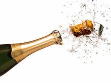 В России с 26 июля введут минимальные цены на шампанское