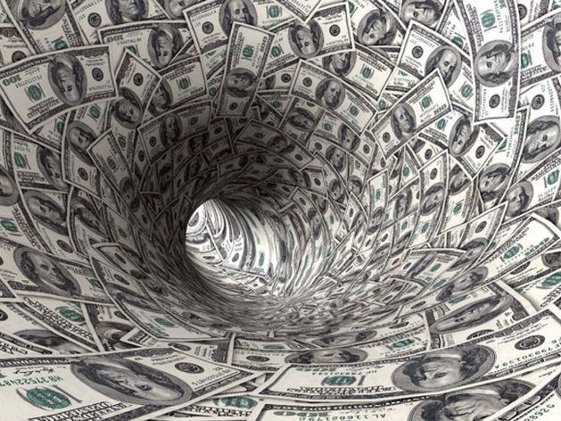 ЦБ: отток капитала из России снизился в пять раз
