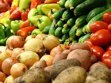 Эксперты: с августа продукты в России подешевеют