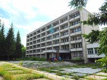 Бывший отель с земельным участком продается в «Сосновом бору» в Новосибирске