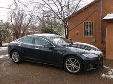Отмена пошлин на электромобили: в Челябинске их уже три, в том числе Tesla
