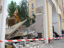 В Казани предпринимателя заставили снести надстроенный второй этаж павильона