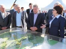 Губернатор Голубев заложил строительство ранее замороженного проекта в Тарасовском районе