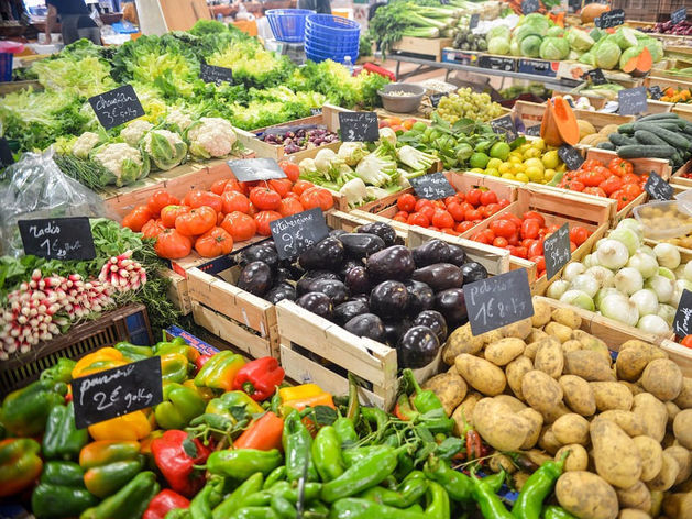 Спасибо овощам: инфляция в России третью неделю держится на нулевом уровне