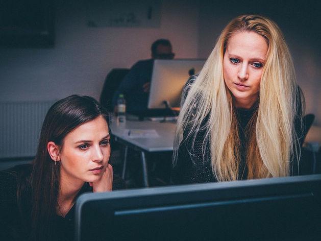 Женщина — всему голова. Почему бизнес процветает, когда им руководит слабый пол?