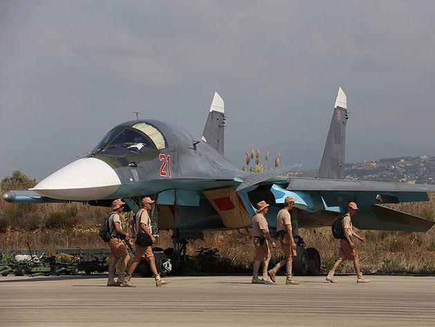 «На бессрочный период». Путин подписал закон о размещении авиации в Сирии