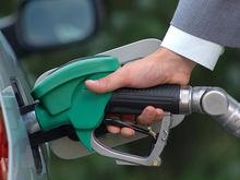 На автозаправках Красноярска поднялась цена на бензин АИ-98