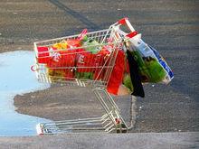 Красноярцы экономят на покупках