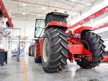Ростсельмаш перевёл производство тракторов из Канады в Ростов