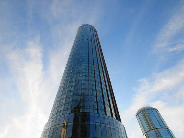 Одним небоскребом больше. УГМК официально сдала башню «Исеть»