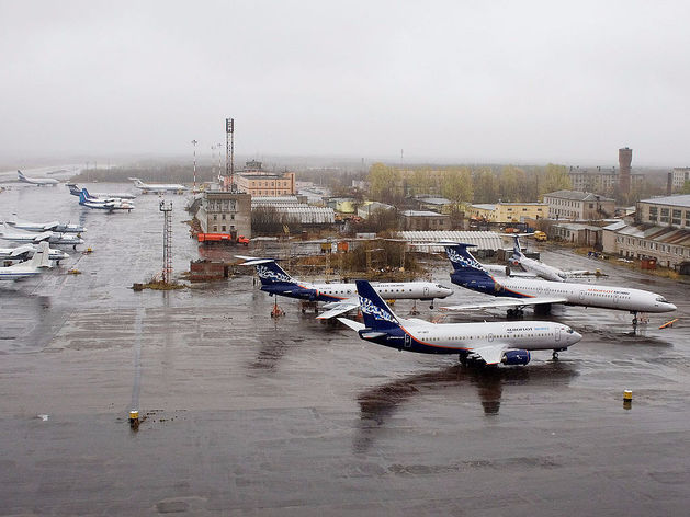 Небесная конкуренция: составлен рейтинг лучших авиакомпаний России