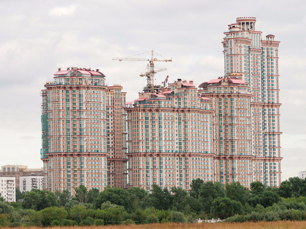 «Пессимистический сценарий сохранится». Когда в России восстановится рынок жилья / ПРОГНОЗ