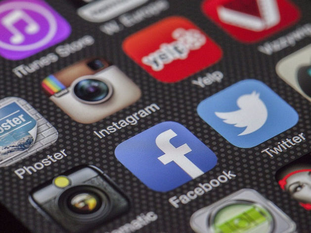 Мы попались в сети: как на нас наживаются мошенники в соцсетях