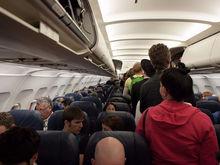 Прекратите это немедленно: что бортпроводники больше всего ненавидят в пассажирах