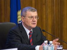 Юрий Чайка проверит, почему на Урале растут долги по госконтрактам