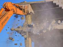 Площадку под новый район у «Радуга-парка» очистят от старых бараков