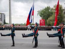 В Ростове прошел парад в честь Дня Победы ФОТО