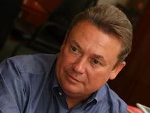 Олег Гусев купил помещения в старом особняке в центре города