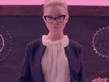 Госзаказ? Певицу Алису Вокс обвинили в создании антипротестного клипа за деньги Кремля