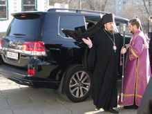 «Бог не фраер». Как внедорожник за 6 млн руб. для орловского епископа привел к скандалу