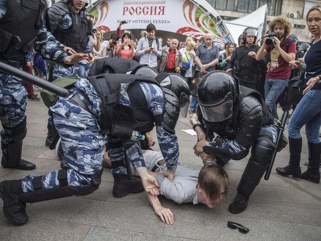 Радикализация протеста и борьба Навального за власть: чем обернутся митинги 12 июня