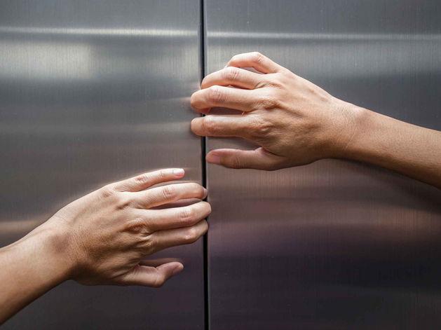 «Кабина остановилась, свет погас...» Семь часто задаваемых вопросов о лифтах