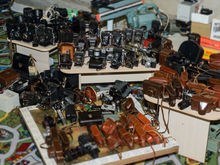 Уральский бизнесмен продает коллекцию фотоаппаратов, чтобы собрать деньги на свое лечение