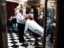 В Челябинск зайдет международная сеть барбершопов OldBoy Barbershop
