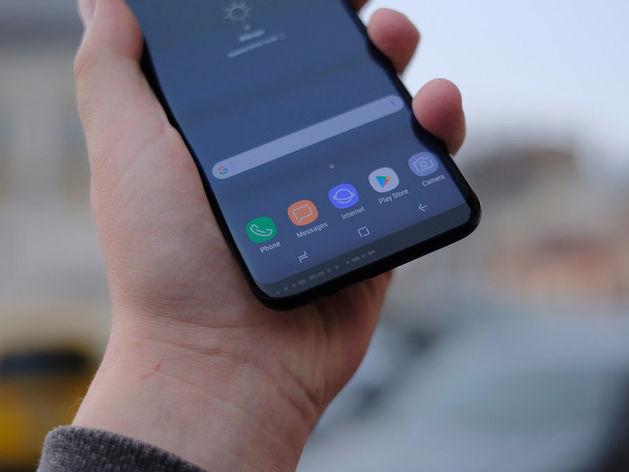 iPhone уступил Samsung: какие смартфоны в России признаны самыми качественными /РЕЙТИНГ