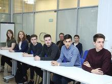 «Молодежь одумалась». В Екатеринбурге молодые люди стали раньше выходить на работу