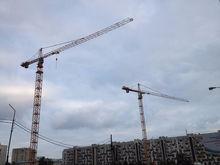 Россияне покупают все меньше жилья: предложение в пять раз превышает спрос