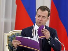 «К бизнесу это отношения не имеет»: «кузена» Медведева назвали яблочным королем России